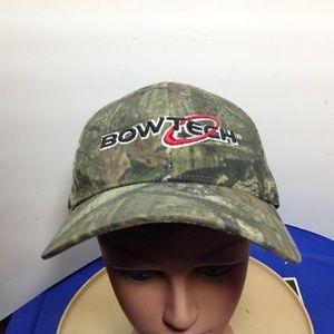 d7039e5d69122 Outdoor Cap Accessories - Bowtech Archery Camo Hat In Excellent Condition!